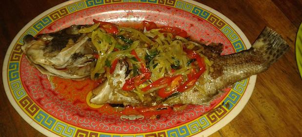Gegrillter Fisch Indonesien